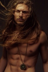hot guy long hair 20140523-163811-59891028
