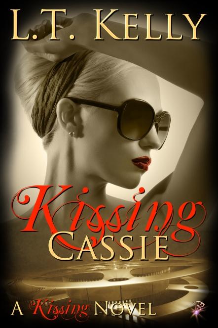 kissing-cassie (1)